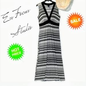 EnFocus Studio Dress Black & White Maxi size 14